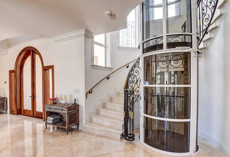 Pneumatic Home Elevator